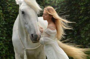 chica-con-caballo